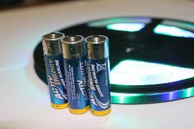 LED-Band / Streifen / Strip mit Batterie.